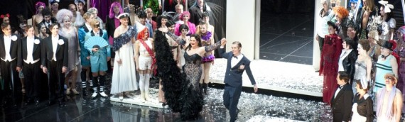 """Agnes Zwierko na berlińskiej premierze """"Bal w hotelu Savoy"""""""