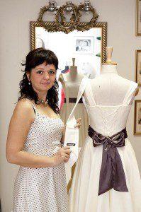 """Sukienka koktajlowa """"Iskierka"""" uszyta jako prezent na zaręczyny Szymona"""