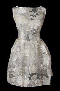 Przezroczysta sukienka koktajlowa na studniówkę, poprawiny czy do tańca na weselu.
