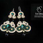 Biżuteria sutaszowa ufundowana przez projektantkę Eva Sutasz