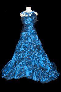 Oskarowa suknia wieczorowa dla Agnes Zwierko