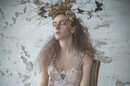 suknie-wieczorowe-w-sesji-dla-elegant-magazine-kama-ostaszewska-23