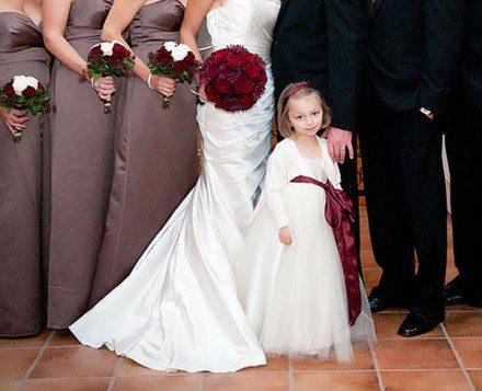 Małe dziewczynki jako druhny w sukienkach baletnicy