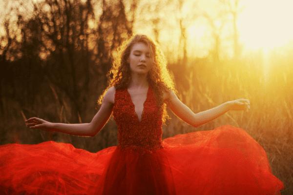 czerwona-suknia-tiulowa-koronkowa-atelier-kama-ostaszewska-10