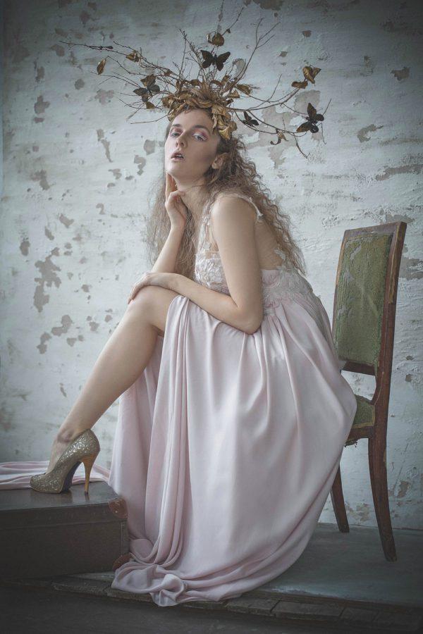 suknie-wieczorowe-w-sesji-dla-elegant-magazine-kama-ostaszewska-25
