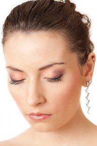 Modelka Weronika Jot w makijażu ślubnym (fot. Piotr Bryja)