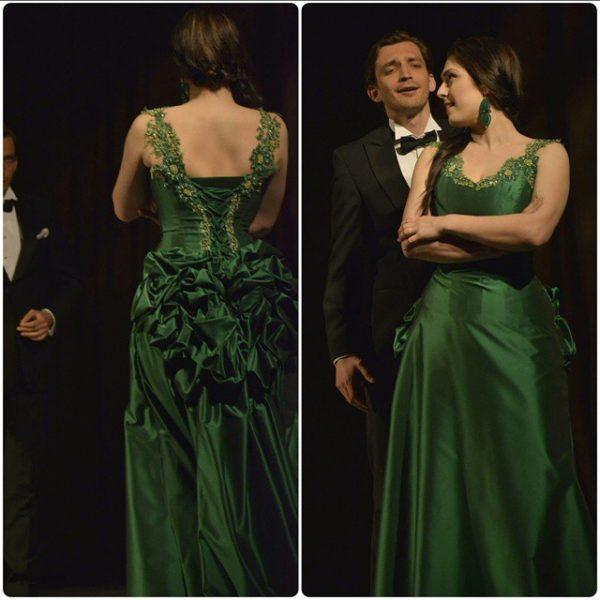Marcelina w sukni Lakme - na scenie podczas koncertu