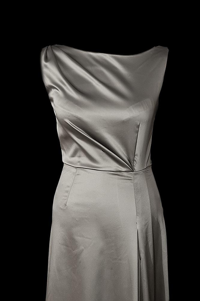 Srebrna suknia wieczorowa Semma