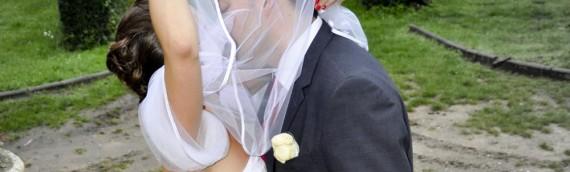 Szalony pomysł: ślub-niespodzianka i nasza suknia